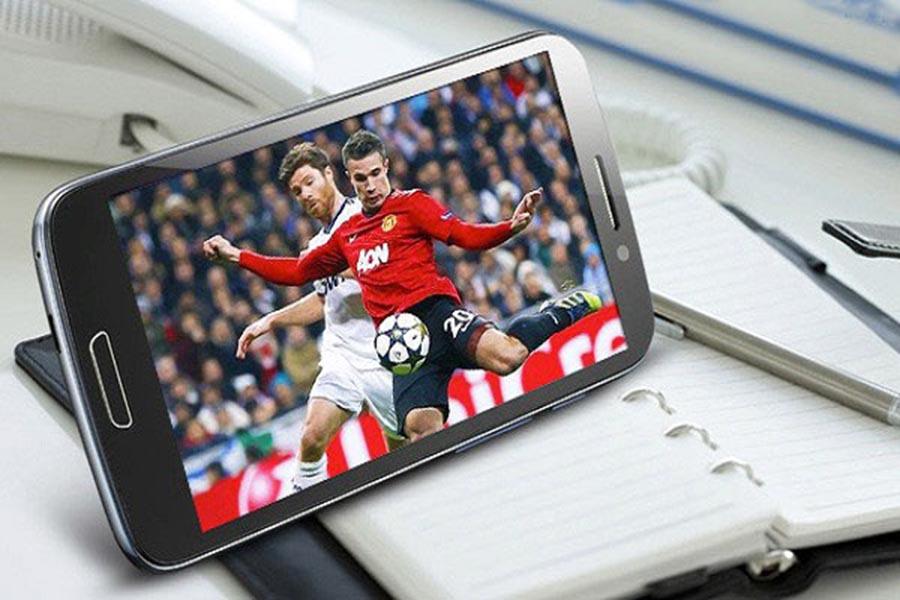 Giao diện bóng đá trên điện thoại